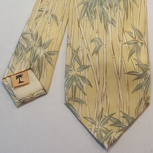 Tommy Bahama 100% Silk Tropical Neck Tie